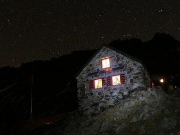 Trifthütte by night